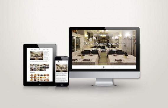 Web responsive de La bella época vista en tres pantallas, tablet, móvil y ordenador