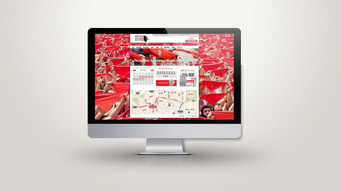 Web responsive de Pamplona Bull Run Balconies vista en tres pantallas, tablet, móvil y ordenador