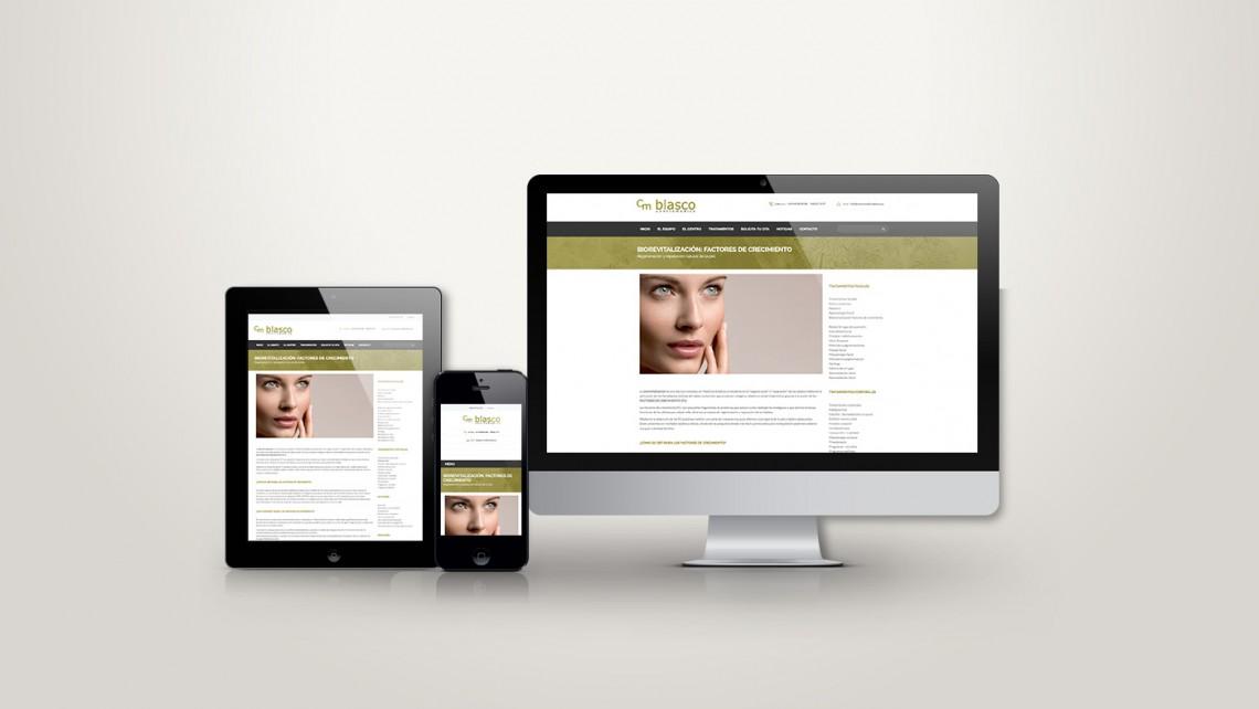 Web responsive de Juanjo Blasco vista en tres pantallas, tablet, móvil y ordenador