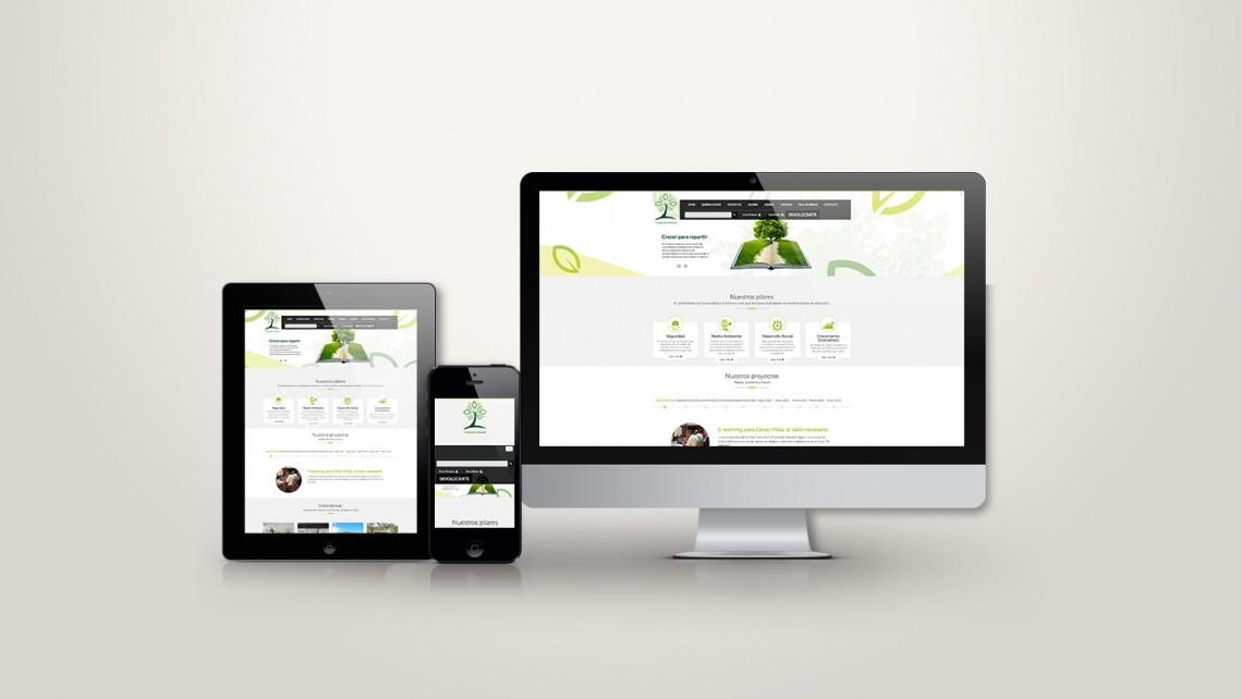 web responsive de geoalcali vista en tres pantallas, tablet, móvil y ordenador