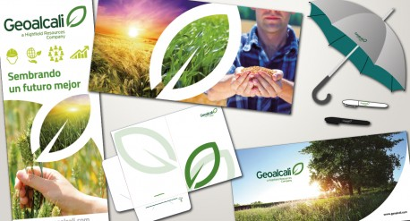diseño de diferentes productos para geoalcali, rollup, carpeta, merchandising, lonas,...